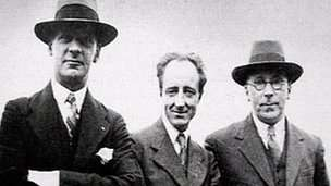 Saunders Lewis with Lewis Valentine and DJ Williams